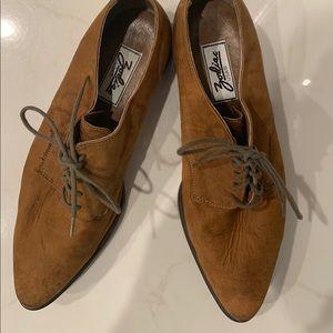 ✨NEW LISTING✨ Men's Zodiac Suede Captoe Shoe